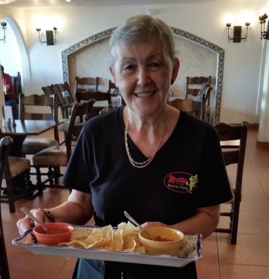 Matta's Waitress Celebrates 31 Years!
