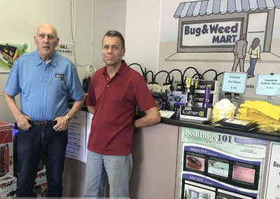Bug & Weed Mart Aims to Pester Pests