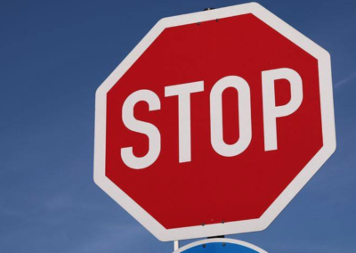 Right of Way Weds. – Stop Signs & Red Lights